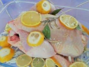 Poulet aux citrons et aux oignons